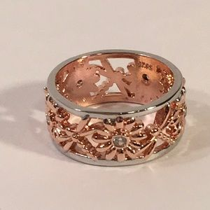 FREE Dragonflies & Daisies Copper/Silver Tone Ring